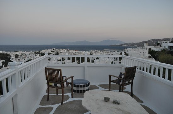Rochari Hotel : Terrace view