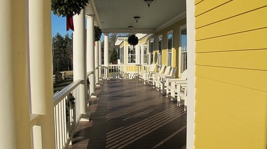 Mountain View Grand Resort & Spa: Beautiful front porch