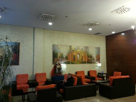 Ganivet Hotel: Zona recepción