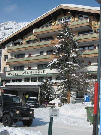 Hotel Plattenhof: Фасад отеля