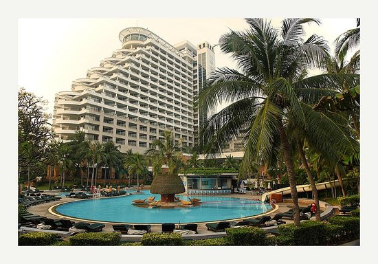 Hilton Hua Hin Resort & Spa : Viewd From The Pool