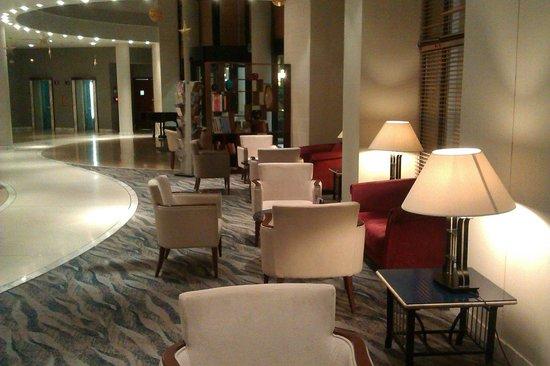 Marina Hotel Corinthia Beach Resort: hotel