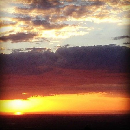 SkyHigh Mount Dandenong: The view from Sky High, we watched the sunset!