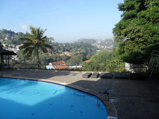 Hotel Thilanka: Thilanka pool