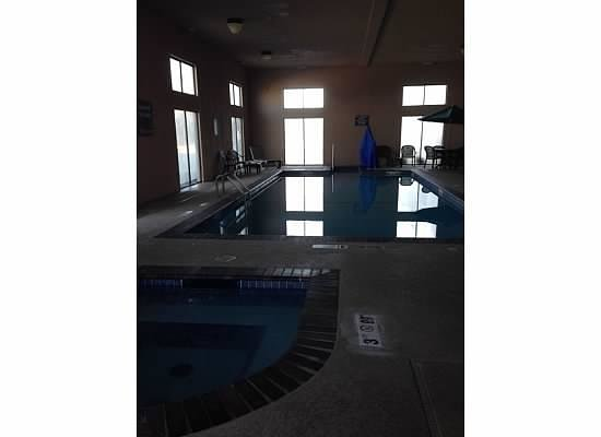 Comfort Inn & Suites: Pool Area