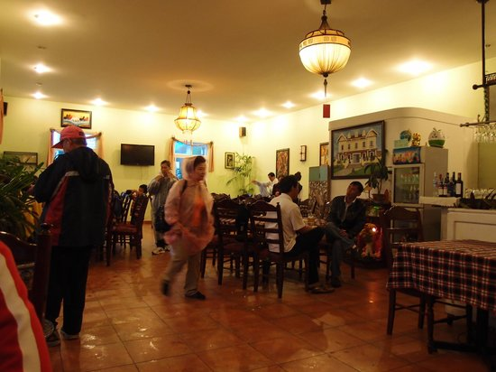 Dalat House: for group tourists