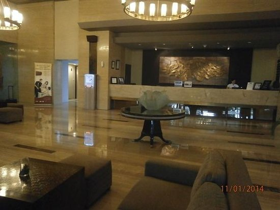 Grand Serela Setiabudhi: Lobby and reception area