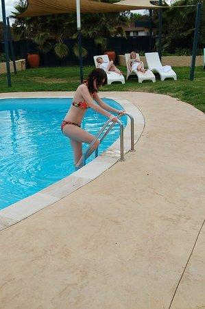 Motel Menere's: Outdoor Saltwater Pool
