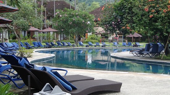 Holiday Resort Lombok: lovely pool area