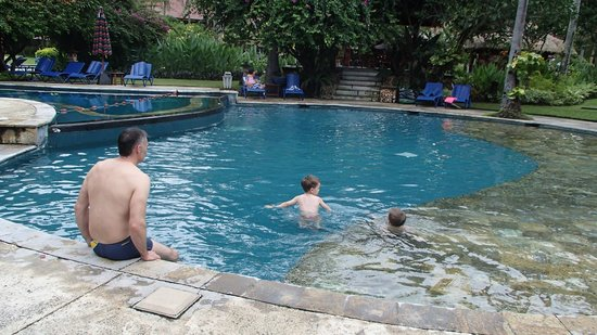 Holiday Resort Lombok : Heaps of fun to be had in the enormous kids paddling pool