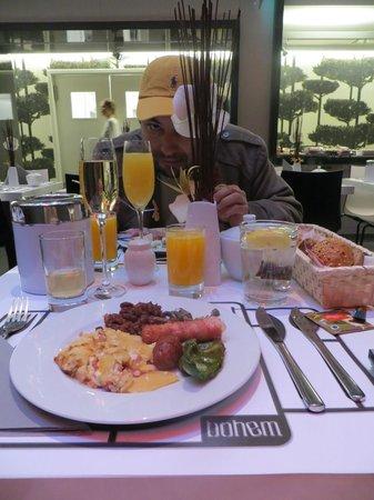Bohem Art Hotel: Delicioso desayuno