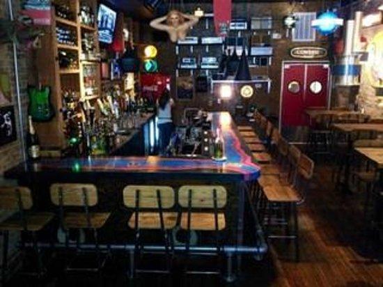 Ate Track Bar Grill Cartersville Restaurant Reviews Phone