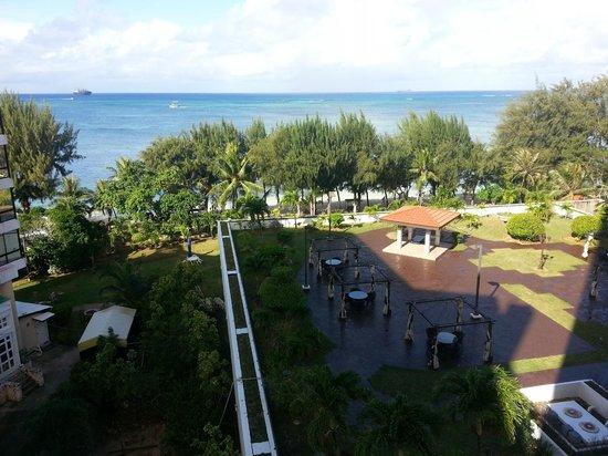 Grandvrio Resort Saipan : crystal tower outside view