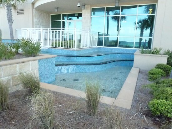 Aqua : Common area near pool
