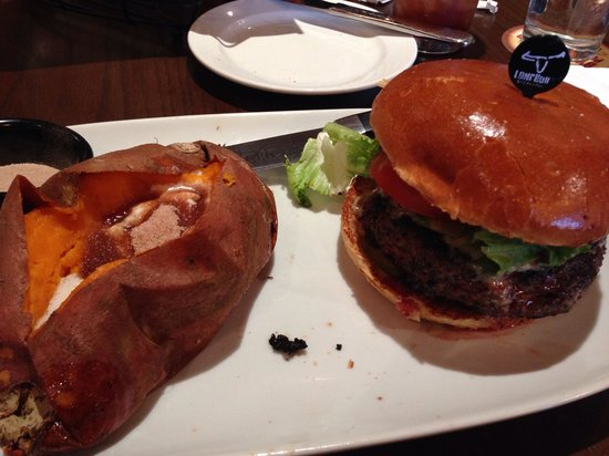 LongHorn Steakhouse: Yummy Black & Blue Burger & Decadent Sweet Potato