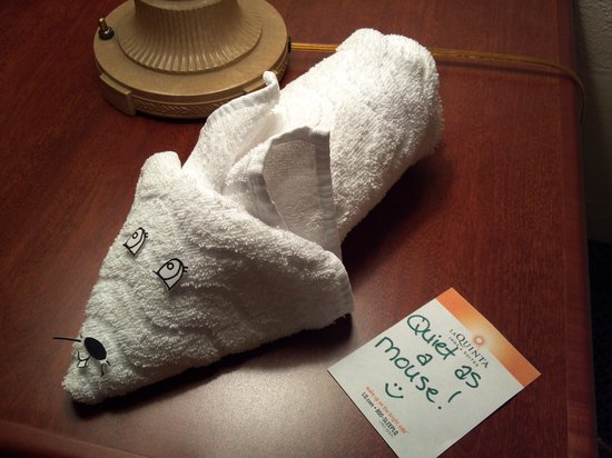 La Quinta Inn & Suites Albuquerque Journal Ctr NW : Towel Mouse