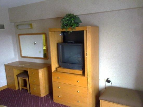 Wyndham Glenview Suites Chicago North : Bedroom