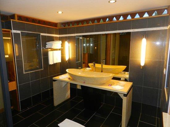 Maitai Lapita Village Huahine : salle de bains