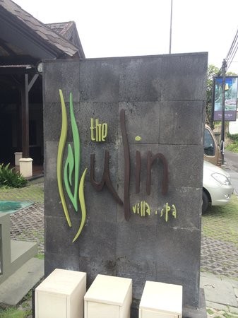 The Ulin Villas & Spa: The Main Entrance