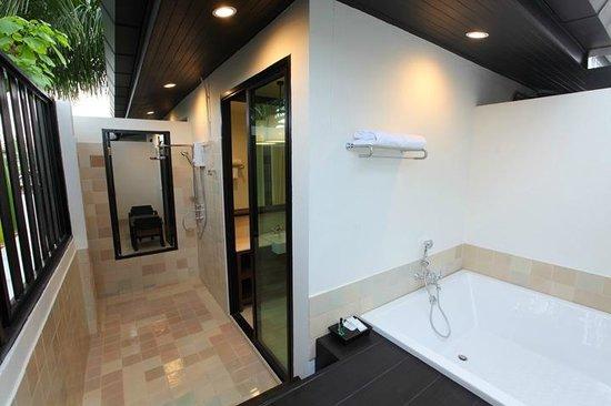 99 The Gallery Hotel: Suite99 Bathroom