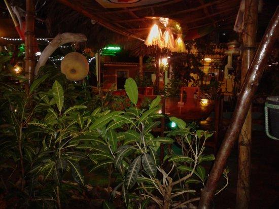 EL DESCANSO MARINERO: Romantischer Garten
