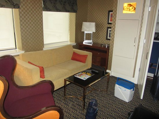 Kimpton Hotel Monaco Baltimore Inner Harbor Mediterranean Suite