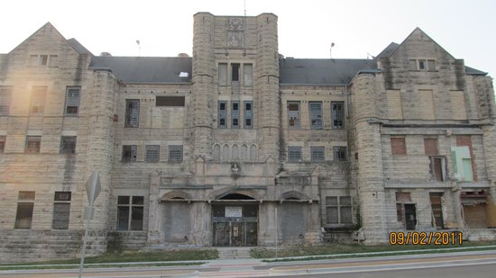 Missouri State Penitentiary: Front of the prison