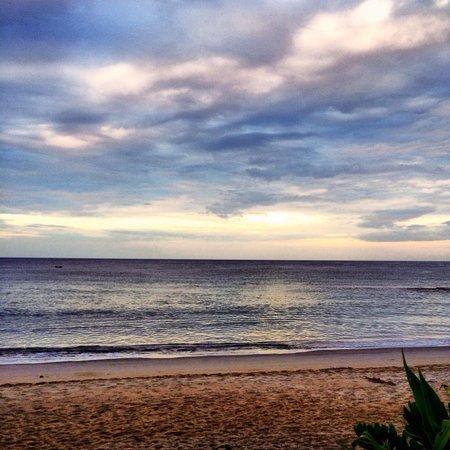 Natai Beach Resort & Spa, Phang-nga : Morning!
