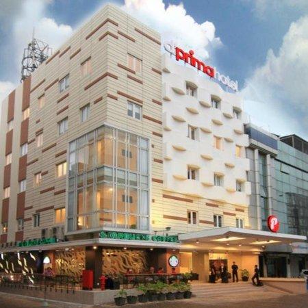 d'primahotel WTC Mangga Dua : Hotel Exterior