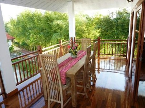 Jasmine Hills Villas & Spa: 5 - Balcony overlooking lake