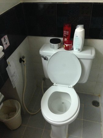 Patong Lodge Hotel : wc