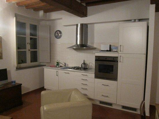 Anfiteatro Apartments - 2Italia : kitchen