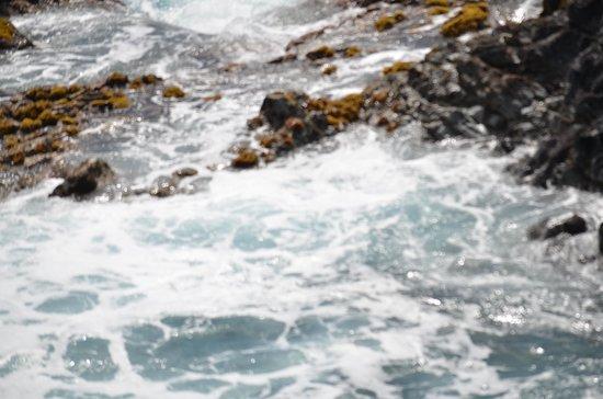 Ana Te Pahu: Water Splashing Against The Rocks.