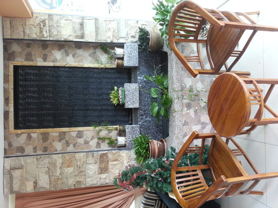 LKS Hotel: Sit for 2 to relax at lobby