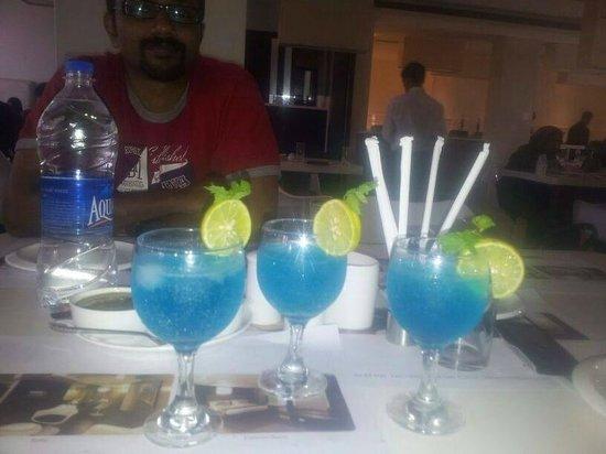 Mezban Restaurant : citrus blue