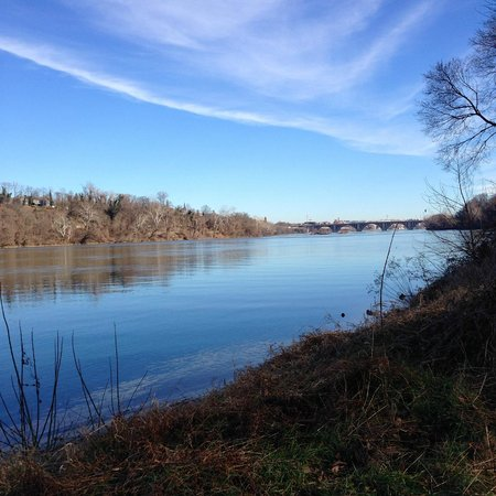 Potomac Heritage National Scenic Trail: Clara Barton PW view