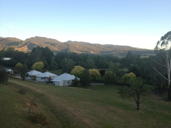 Khancoban, Australien: Beautiful setting for Rose Cottages