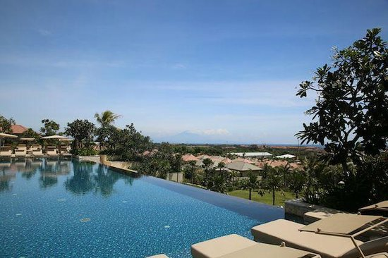 Mulia Villas : Villa area pool
