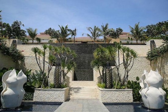 Mulia Villas : Main building of Villa area and restaurant