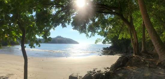 Tulemar Bungalows & Villas: Beautiful secluded beach!