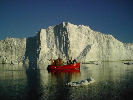 Ilulissat, Greenland: midnight sun