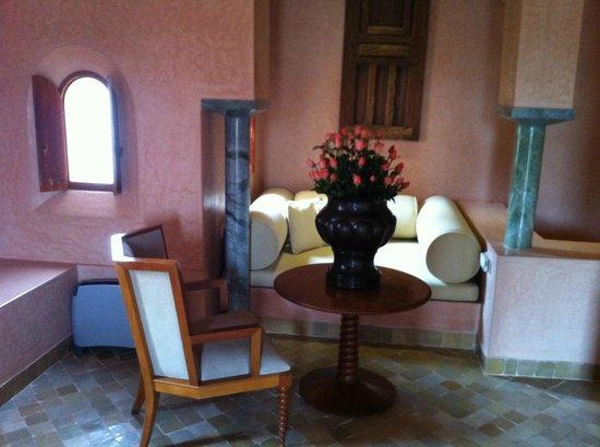 Amanjena: a romantic sitting corner next to the master bedroom