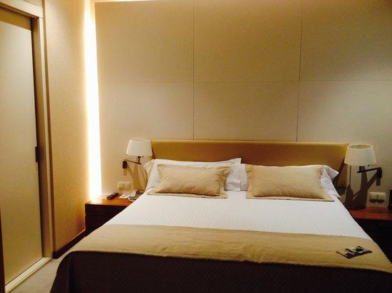Sercotel Sorolla Palace Hotel: Habitación matrimonio