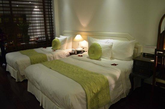 Hanoi Meracus Hotel 2: comfortable bed