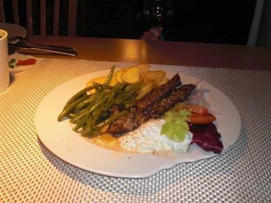Restaurant Delphi: Lammspieß