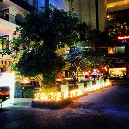 BYD Lofts Boutique Hotel & Serviced Apartments: Outside hotel