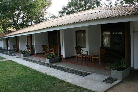 Nilaveli Beach Hotel: Ein Teil der Aussenliegenden Zimmer