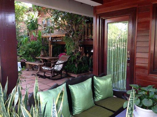 Baifern Homestay : Jardin magnifique pour la détente