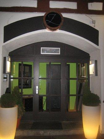 Zwirner Restaurant