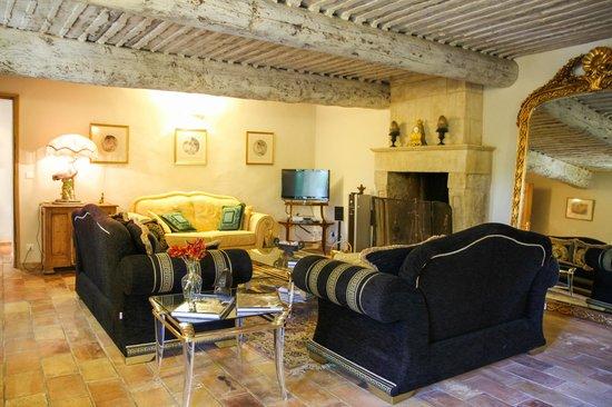 Le Domaine des Carmes & Spa: Living Room